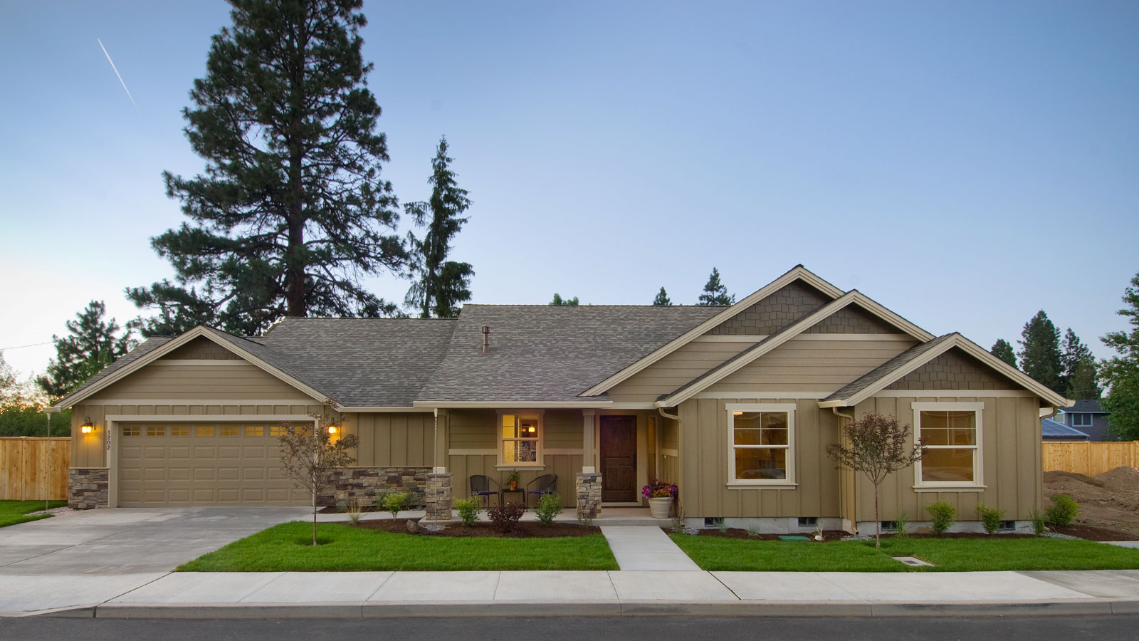 Redmond oregon home builders home review for Custom house building cost